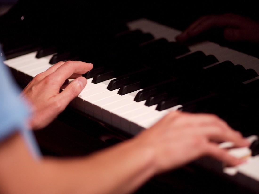 piano mains
